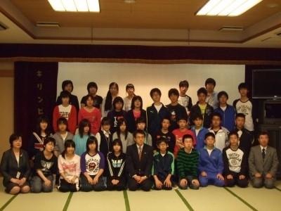 青森県弘前の中学生が修学旅行で広島へ